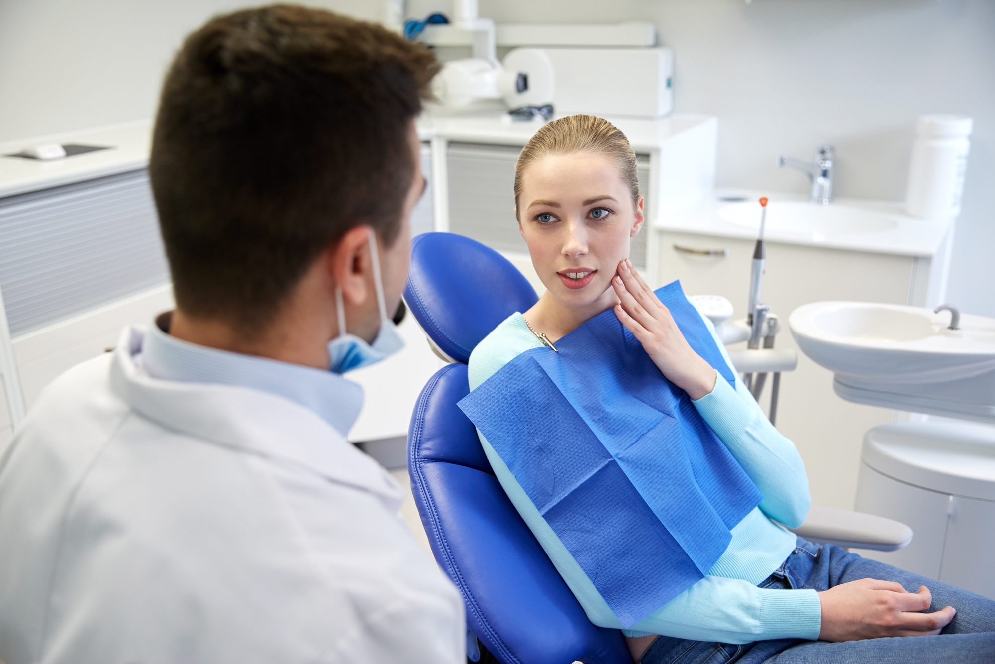 What are the benefits of cosmetic dentistry in Jupiter?