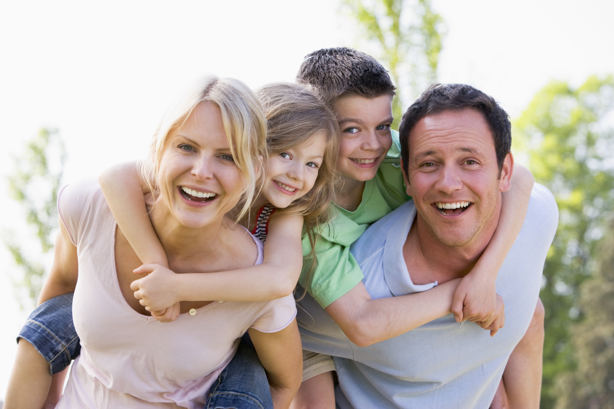 who can help me find the best family dentist in west palm beach?