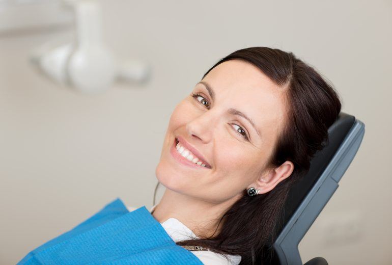 what does a cosmetic dentist west palm beach do?