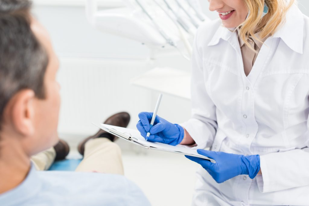 who is a good same day dentist 33401?