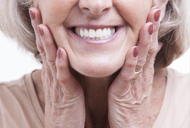 who offers cosmetic dentistry jupiter?